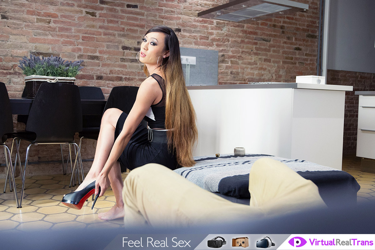 Lux May секс фото и порно