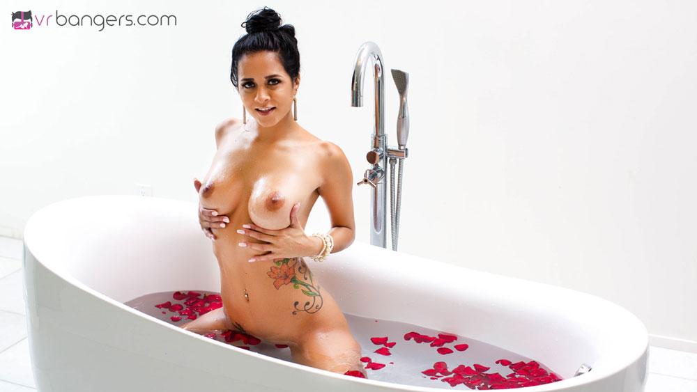 Indian Beauty Masturbating Wet in Bath VR Porn Movie