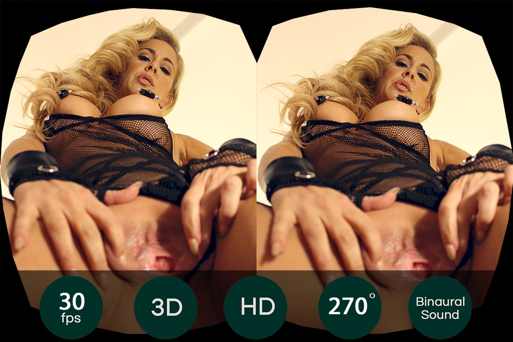 Cherie DeVille Pussy Close Up Show VR Porn Movie