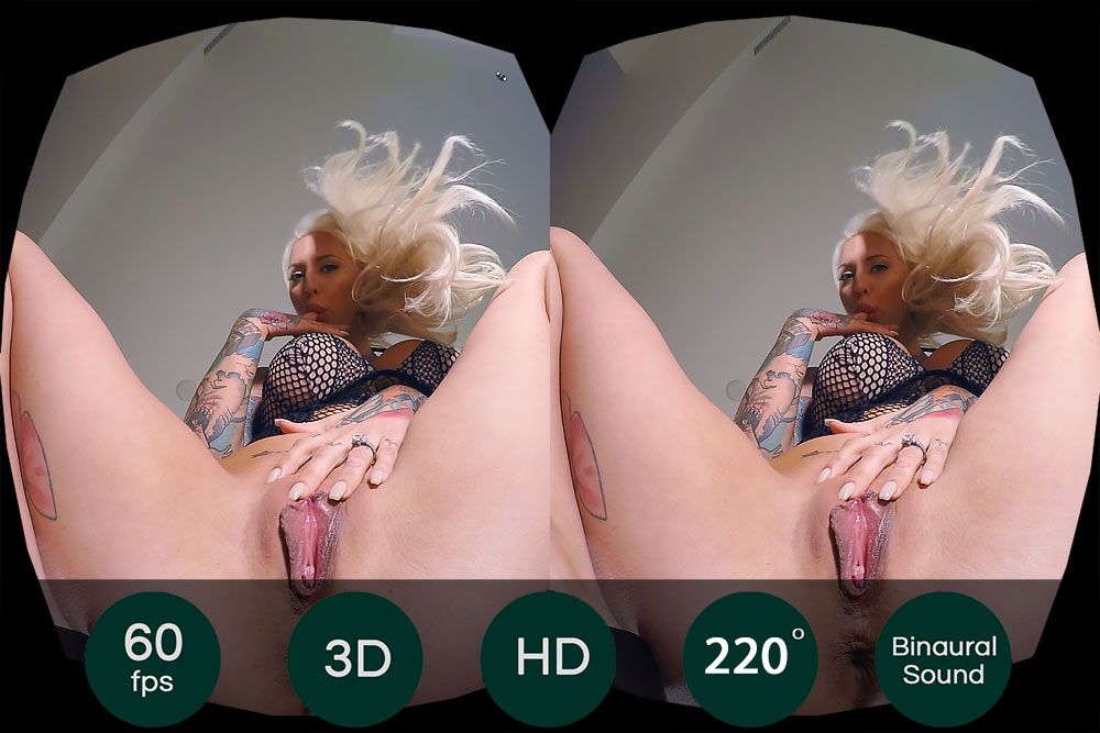 Blonde Slut Facesitting VR Porn Movie
