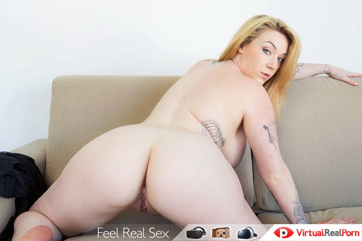 Blonde With Big Tits Masturbation Show VR Porn Movie