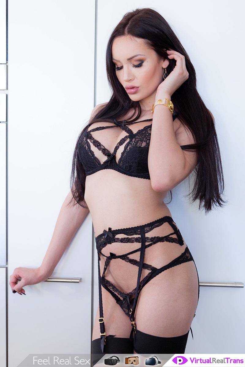 Solo Show Of Classy Black Hair TS VR Porn Movie