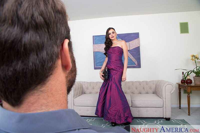 Anal Fuck with Glamourous Brunette VR Porn Movie