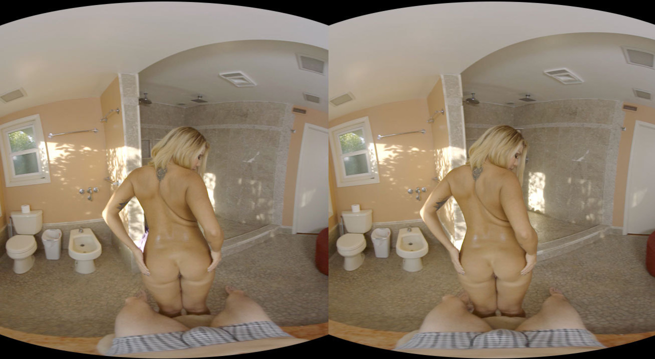Fuck Blonde Girl After Shower VR Porn Movie