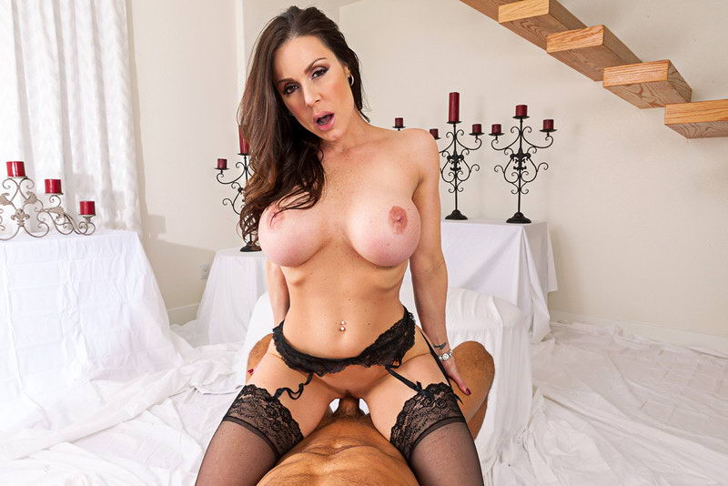 Fuck Brunette With Big Tits in Stockings VR Porn Movie